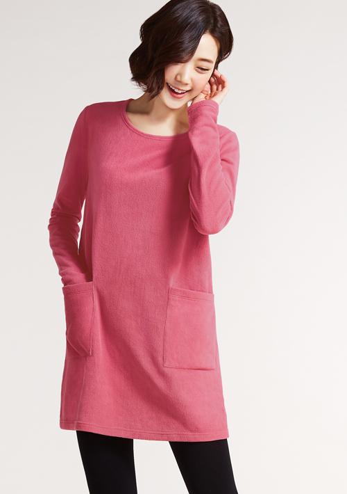 Fleece輕量保暖圓領洋裝
