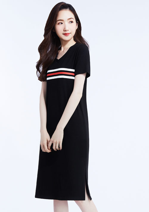 特級四面彈性條紋印花V領洋裝