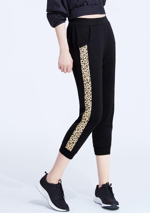 豹紋印花抗UV吸排束口七分褲