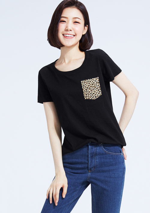 豹紋口袋純棉印花T恤