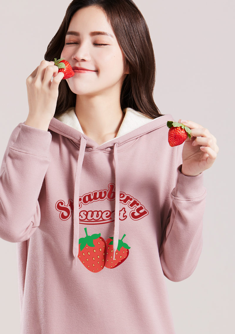 草莓印花刷毛連帽T恤