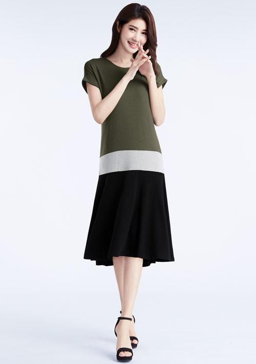 特級四面彈性配色洋裝