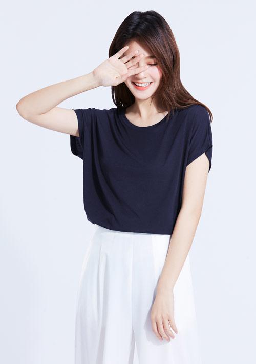莫代爾圓領短袖衫