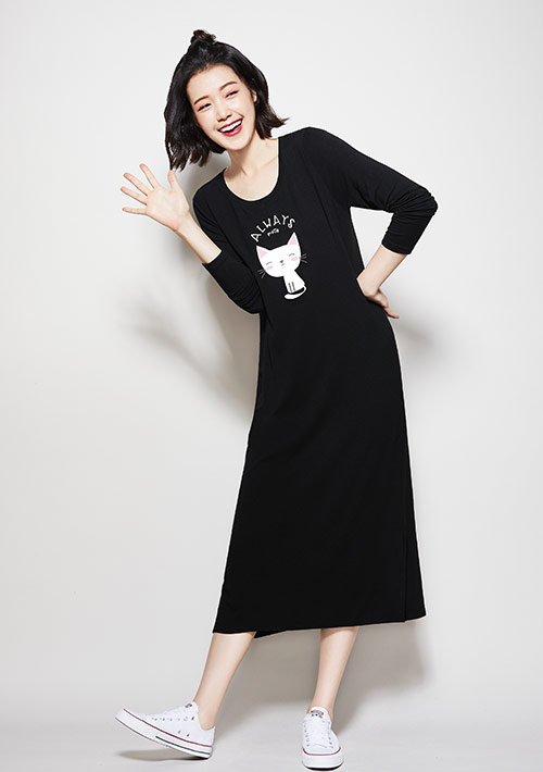 特級四面彈性貓咪印花長袖洋裝