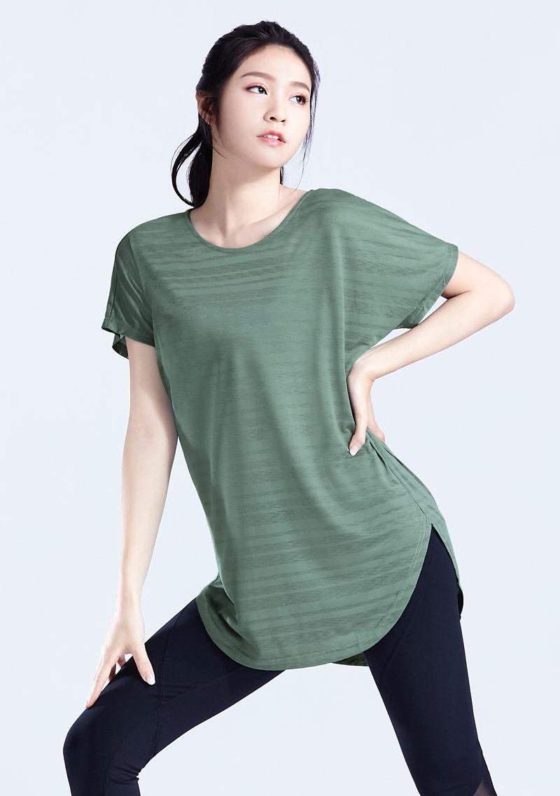 吸排運動條紋寬版上衣