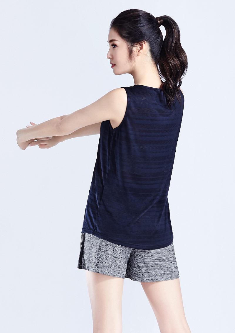 吸排運動條紋背心
