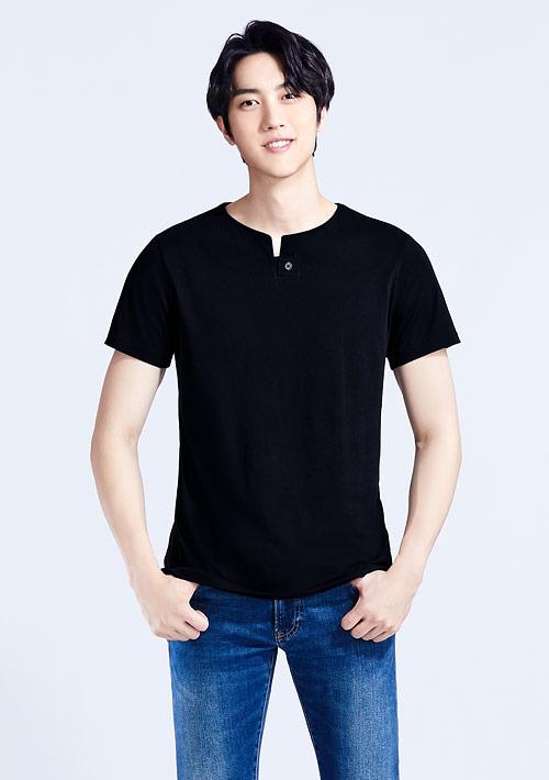 【寵愛爸比$188】V領造型純棉上衣-男裝